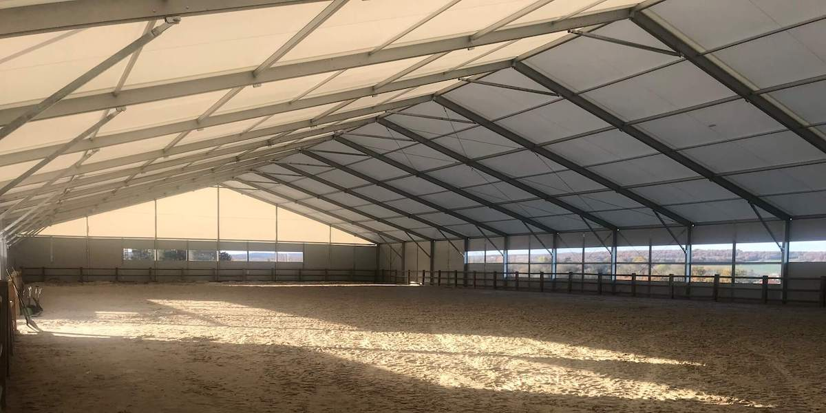 construction carriere equestre-couverture de carriere equestre-liberte events
